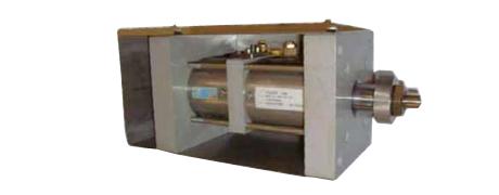 Hydropneumatik-Oszillierzylinder zur Bewegung von Abstreifern in Papiermaschinen