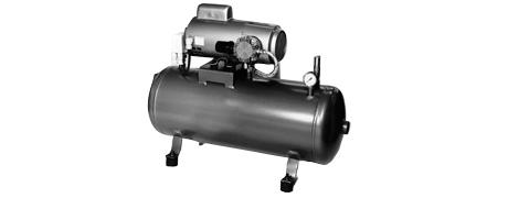 Ölfreie Kolbenkompressoren auf Druckluftbehälter montiert