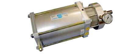 Hydropneumatikzylinder mit integriertem Druckübersetzer